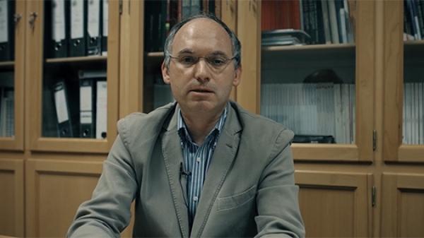 Dr. António Reis